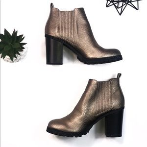 Gold Sam & Libby Platform Boots Size 9